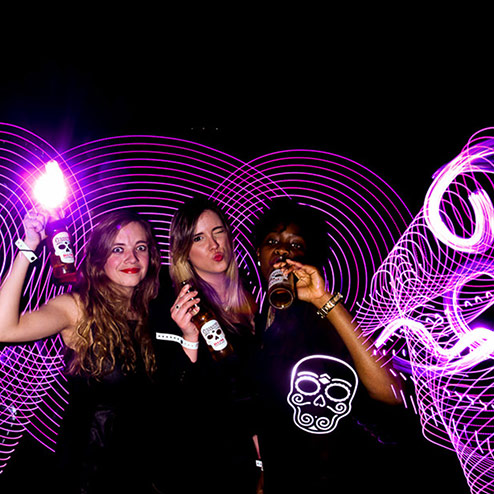 Light Painting - WIZZ factory, solutions digitales interactives