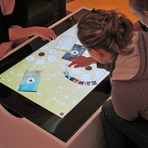 Table Multitouch - WIZZ factory, solutions digitales interactives