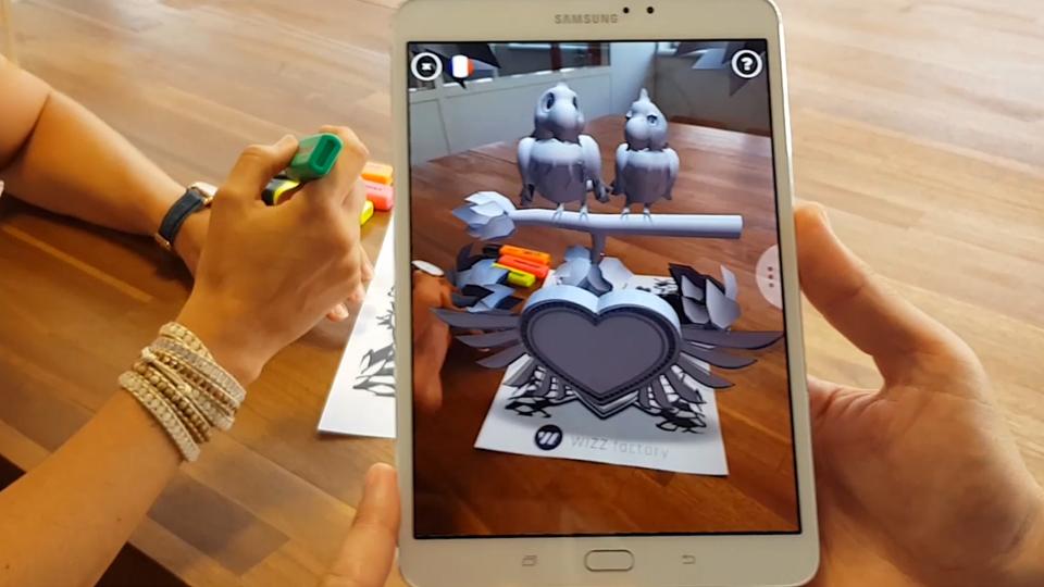 Coloriage en réalité augmentée - WIZZ factory, Interactions digitales événementielles